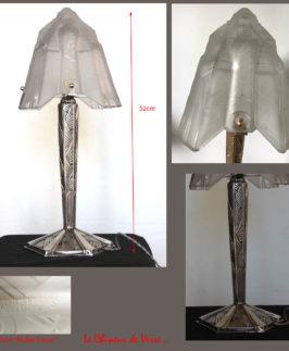 Paire de lampes Muller Frères.