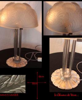 R. Lalique : Lampe de table modèle Dahlias